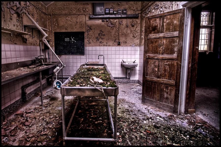 胆小勿进!实拍世界各地废弃的停尸房