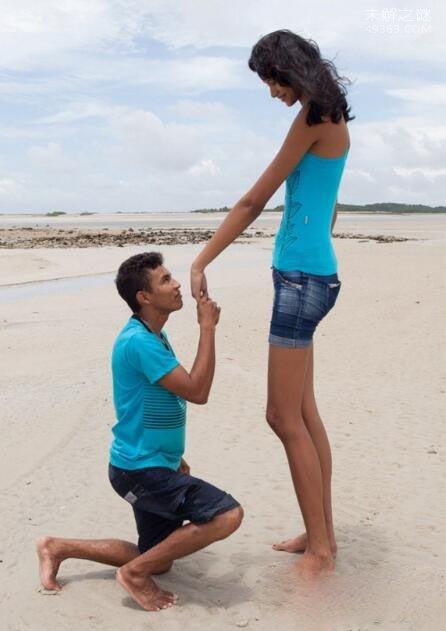 世界第一高少女,年仅16岁的席尔瓦身高已经达到2.06米
