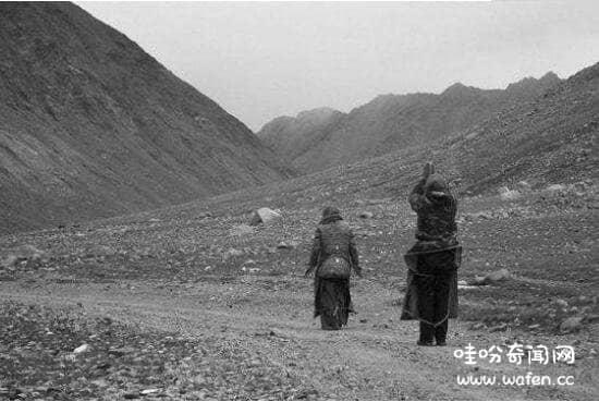 91年梅里雪山灵异事件,18位日本人不敬神灵全遇难(死亡之地)