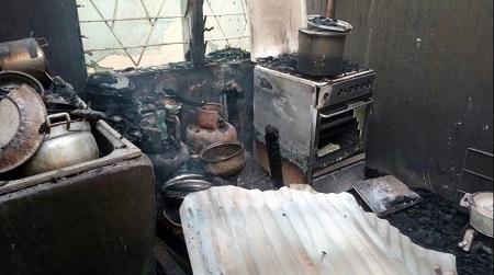 悲剧的!全家人在家中被烧死,因为大火肆虐的大楼(图片)