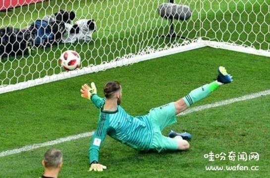 真实发生的足球灵异事件,化身英灵守卫球门/拉姆塞进球堪比死神