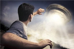 """外星人蓝皮书计划 """"解密UFO舰队事件"""