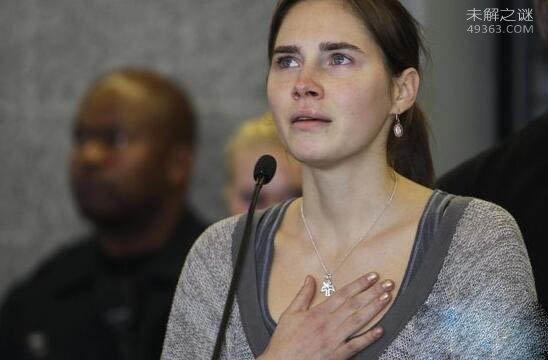 天使杀手阿曼达・诺克斯:残忍杀害室友被无罪释放