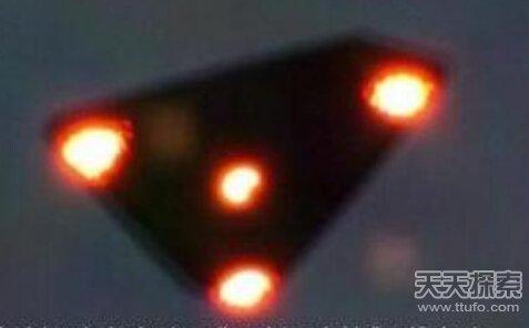 UFO史上无解悬案:菲尼克斯之光事件