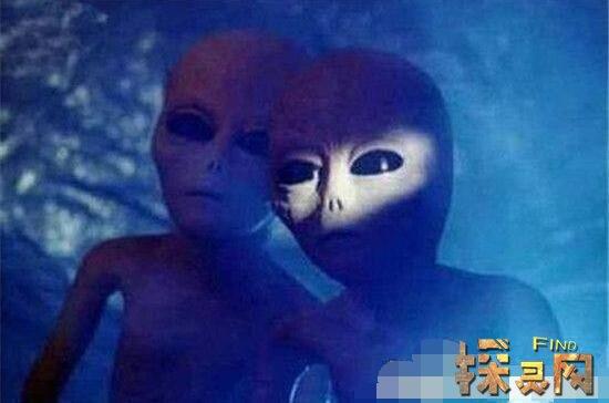 外星人警告中国人,取消一切登月计划(已被监控)