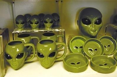 美国51区ufo之谜:美国终于承认51区有UFO