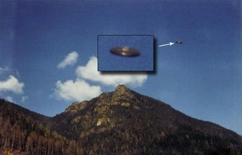 """UFO飞碟最有可能来自哪里?竟来自地球的""""内部"""""""