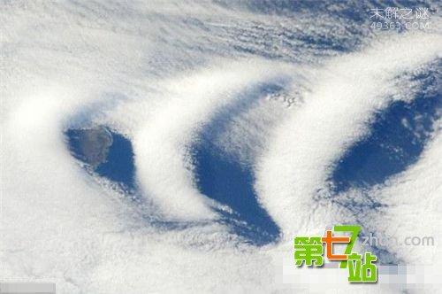 外星UFO加速进入地球监控?NASA卫星照现铁证