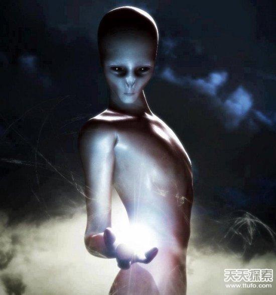 巴西军方曾击落UFO 外星人被活捉