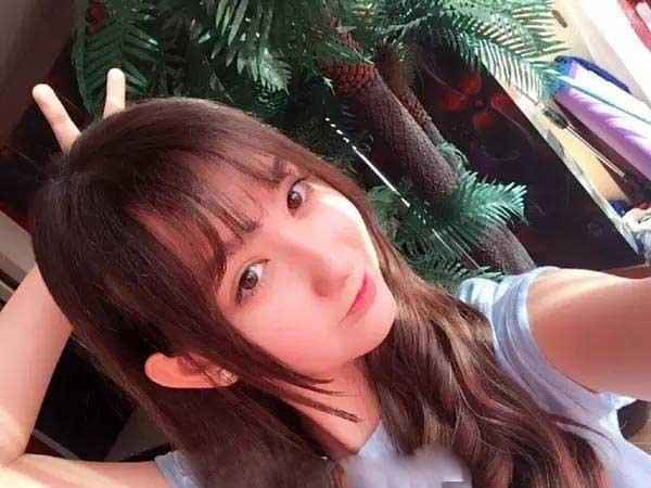 香奈儿・辛普森现状(18岁啦):俨然已经是一个大牌明星