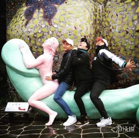 韩国让人面红耳赤的性爱公园现场图 让人看了好羞涩!