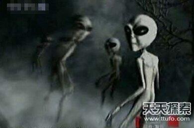 外星人基地罕见曝光 女子竟遭囚禁为奴