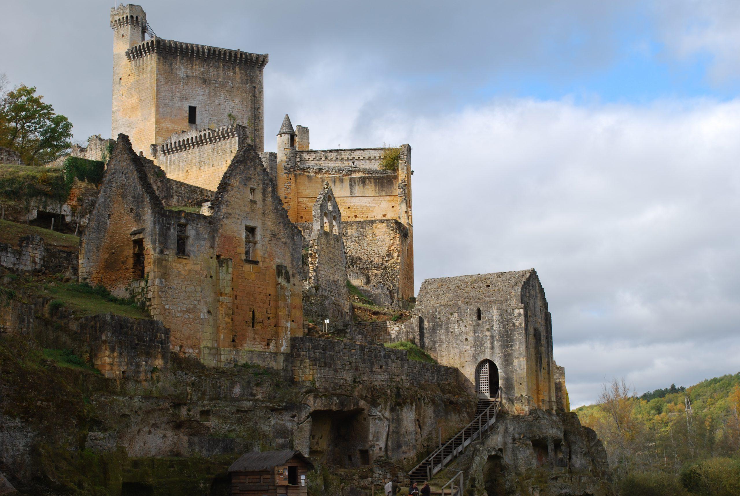 发一组国外古堡的照片(高清大图,很难得哦)