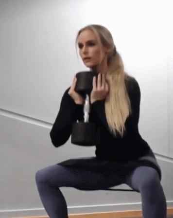 """""""瑞典卡戴珊""""的健身女神"""