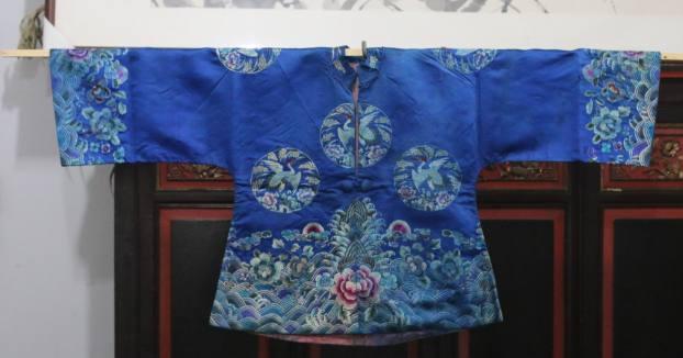 现代的寿衣跟古代官服一样的原因