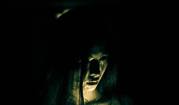 一只被挖心的孤魂野鬼让人恶心作呕